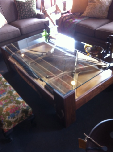Jnl Piano O Coffee Table Uber Interiors. Vintage Shopping Design By Numbers